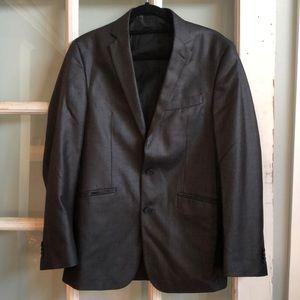 Kenneth Cole Reaction 2 piece men's suit! 38R 31W